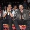 Shahrukh with Saif Ali Khan at COLORS Umang 2011. .