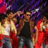 Salman perfoms at Stardust Awards-2011