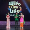 Bhaktiyaar and Tanaaz with Mini Mathur in Grand Finale of Wife Bina Life