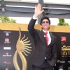 Shah Rukh Khan on IIFA Awards Green carpet