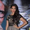 Sonam and Shahid Kapoor with Amitabh Bachchan promote Mausam on the sets of KBC in Film City