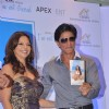 Shah Rukh Khan launch Deanne Pandey's book at Taj Land's End