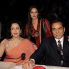 Esha Deol, Dharmendra and Hema Malini on the sets of India's Got Talent 3 for promotion of film 'Tell Me O Khuda' at Filmcity