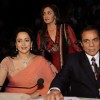 Esha Deol, Dharmendra and Hema Malini on the sets of India's Got Talent 3 at Filmcity