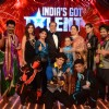 Judges Sonali, Dharmendra and Kirron Kher with all the finalists in India's Got Talent 3 Grand Final