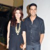 Twinkle Khanna and Akshay Kumar at Farah Khan's House Warming Party
