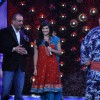 Sanjay Dutt, Yamamotoya Ryūta and Sunny Leone on the sets of Bigg Boss Season 5