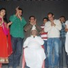 Anna Hazare meets the star cast of Gali Gali Chor Hain