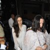 Kareena Kapoor and Babita at chautha of Mona Kapoor