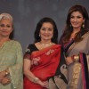 Waheeda Rehman, Asha Parekh and Raveena Tandon at NDTV chat show Isi Ka Naam Zindagi