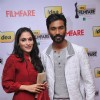 Soundarya & Dhanush at 59th !dea Filmfare Awards 2011 (South)