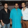 Mika Singh and Shankar Mahadevan at Suresh Wadkar's Birthday Bash