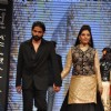 Pooja Gor on ramp at the Beti show by Vikram Phadnis at IIJW 2012