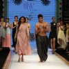 Tanvi Garg show at IIJW 2012