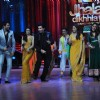 Remo, Manish, Ragini, Karan Johar, Madhuri, Kareena at Film Promotion Heroine on Jhalak Dikhhala Jaa