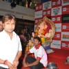 Rajpal Yadhav Conducts The Maha Aarti at the 92.7 BIG Green Ganesha Pandal