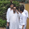 Shankar Mahadevan attend pays last respect during the funeral of legendary filmmaker Yash Chopra
