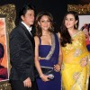 Shahrukh Khan, Gauri Khan and Preity Zinta at Red Carpet for premier of film Jab Tak Hai Jaan