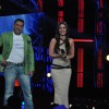 Salman Khan and Kareena Kapoor promoting Dabbang 2 on the sets of Big Boss 6