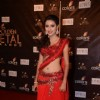 Pratyusha Banerjee as Anandi in Balika Vadhu at Colors Golden Petal Awards Red Carpet Moments