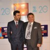 Ranbir Kapoor with father Rishi Kapoor at Zee Cine Awards 2013