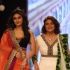 Ragini Khanna walk the ramp for Gitanjali Gems at IIJW 2013