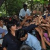 Shahrukh Khan promotes Chennai Express and greets his fans.