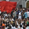 Shahrukh Khan cheers the crowd at the Dahi Handi celebrations