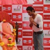 Prateik Babbar seeks blessings from the Big Green Ganesha