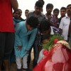 Akshay Kumar's son Aarav does the Ganesh visarjan