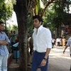 Manish Paul was seen at the prayer meet of Madhuri Dixit's father