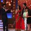 Sonali Bendre at the Zee Rishtey Awards