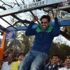 Akshay Kumar sports some pull ups at Dino Morea's DM Fitness Station