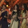Vaani Kapoor recieves the Best debutant female Award for Shuddh Desi Romance