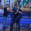 Arjun and Ranveer hug Bharti