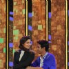 Alia Bhatt Performs with a contestant on DID Season 4