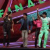 Farhan performs with the contestants on Grand finale of Nach Baliye 6