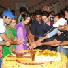 Yeh Ristha Kya Kehlata Hai team cuts the cake