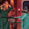 Alok Nath perfroms with Dadi on Comedy Nights With Kapil