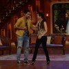 Karisma greets Armaan on Comedy Nights With Kapil