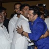 Salman Khan hugs Suniel Shetty at Baba Siddiqie's Iftar Party