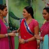 Rajeshwari and Jalpa talking to Bhakti