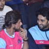 SRK and Abhishek Bachchan in a chat at the Pro Kabbadi League
