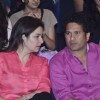 Sachin Tendulkar in a chat with his wife at Pro Kabbadi League