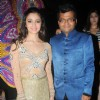 Alia Bhatt poses with Aneel Murarka International Indian Achiever's Award 2014