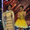 Kareena Kapoor performs on Jhalak Dikhla Jaa