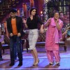 Kareena shakes a leg with Kapil and Dadi on Comedy Nights With Kapil