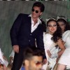 Shah Rukh Khan performs at a Police Event in Kolkota