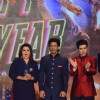 Farah Khan, Shah Rukh Khan and Vivaan Shah at the Trailer Launch of Happy New Year
