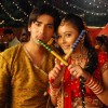 Sadhna and Ranvir playing Dandiya